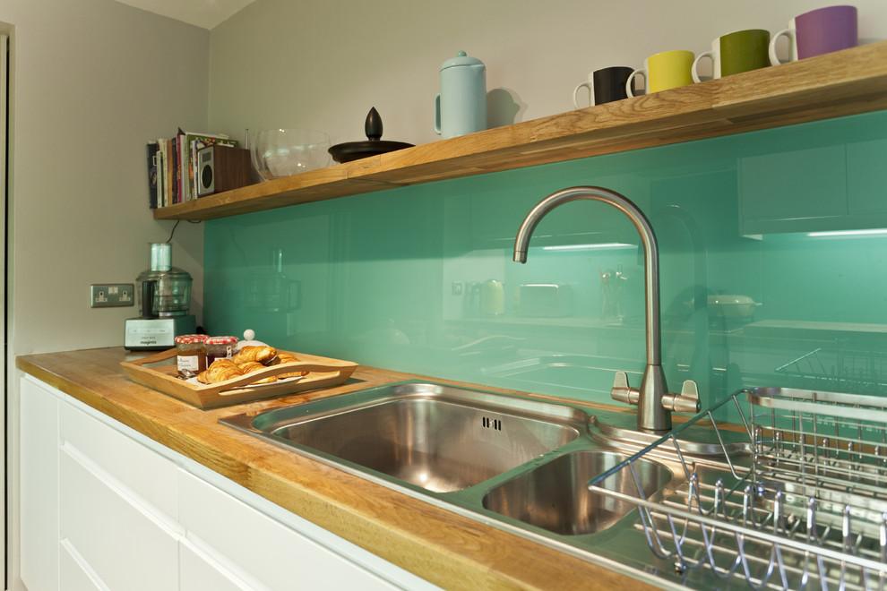 Kitchen - 1950s kitchen idea in Other