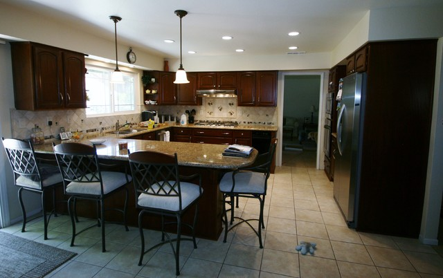 Kitchen Remodels by Kitchens Etc. traditional-kitchen