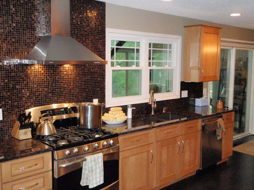 kitchen Remodels done with New Cabinets - Modern - Kitchen ...