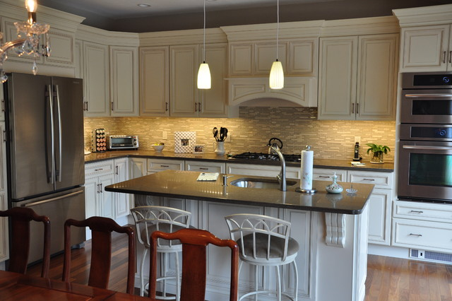 Kitchen Remodels - Traditional - Kitchen - other metro - by Woodbridge Builders