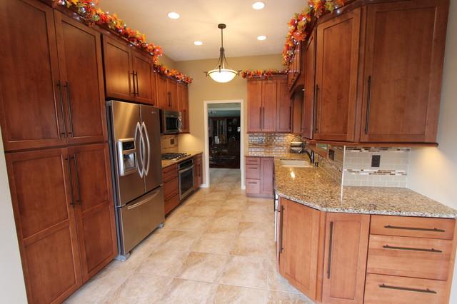 Kitchen Renovation, Brunswick, OH #2   Waypoint Cabinets  Transitional Kitchen