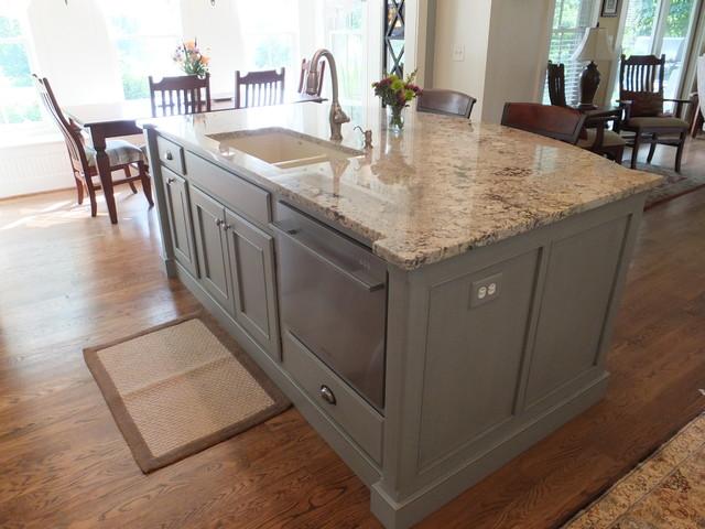Kitchen Renovation - DR traditional-kitchen