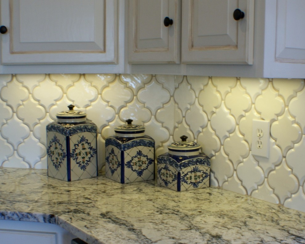 Example of a transitional kitchen design in Atlanta