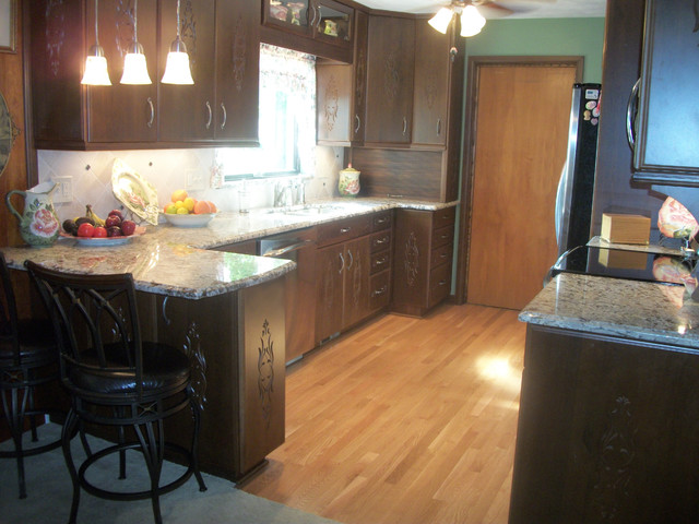 Kitchen renovation spencer oh 1 traditional kitchen for 1 kitchen cleveland ohio
