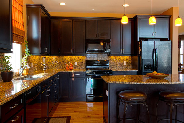 Kitchen modern kitchen new york by rikki snyder for Kitchens with black appliances
