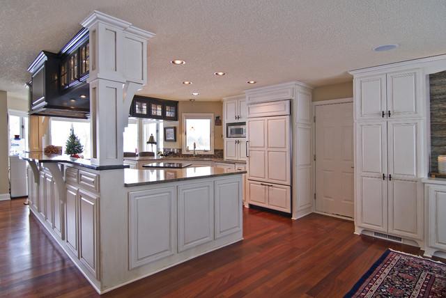 Kitchen - Modern - Kitchen - minneapolis - by Schrader & Companies