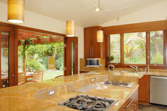modern kitchen by SH-Interiors