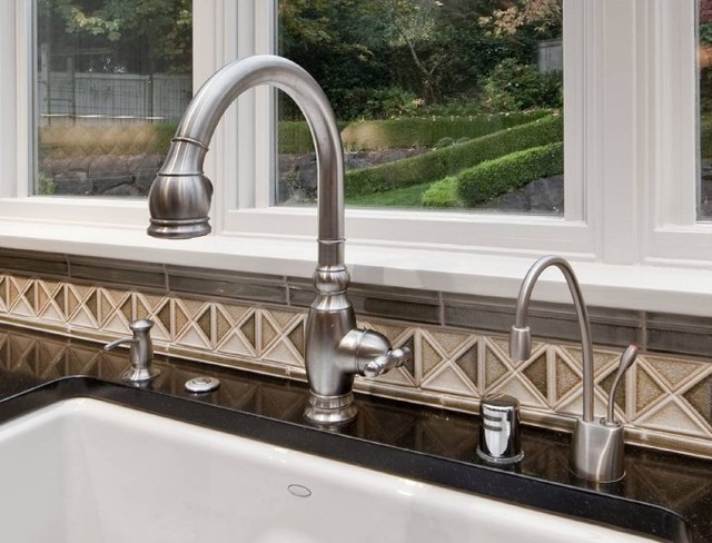 Kitchen Sink - Traditional - Kitchen - Seattle - by ARTifact Interior ...