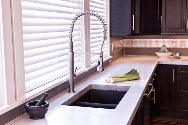Kitchen Sinks Edmonton : Kitchen Sink - Modern - Kitchen - Edmonton - by Madison Park Homes