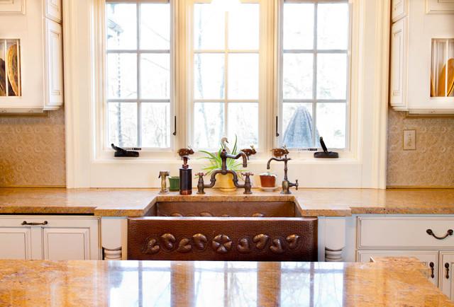 Kitchen Sink traditional-kitchen