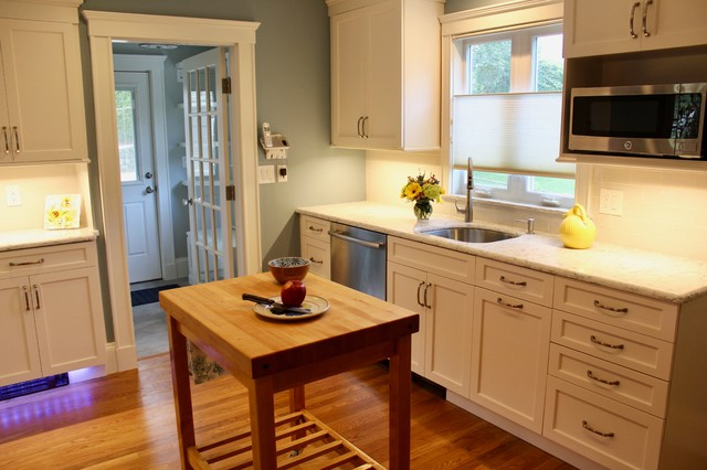 Kitchen Sink Wall With Movable Island, Movable Kitchen Cabinets With Sink