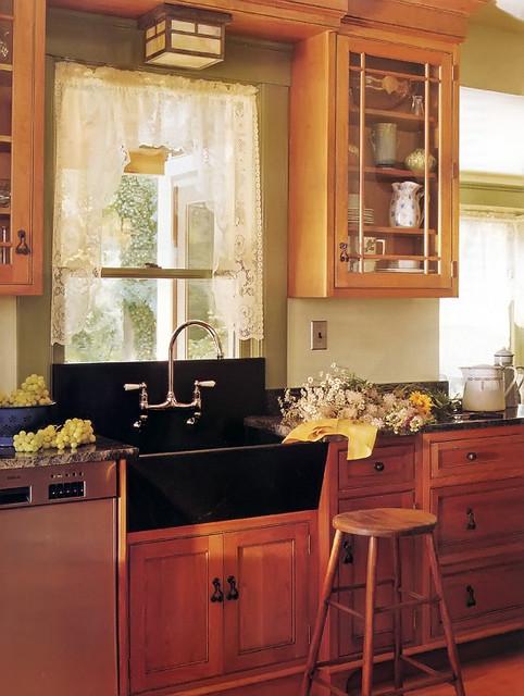 Kitchen Sink Window Traditional Kitchen