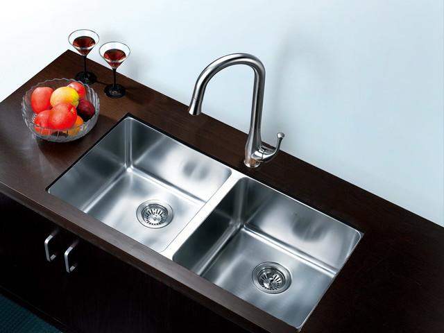 Kitchen Sinks modern-kitchen