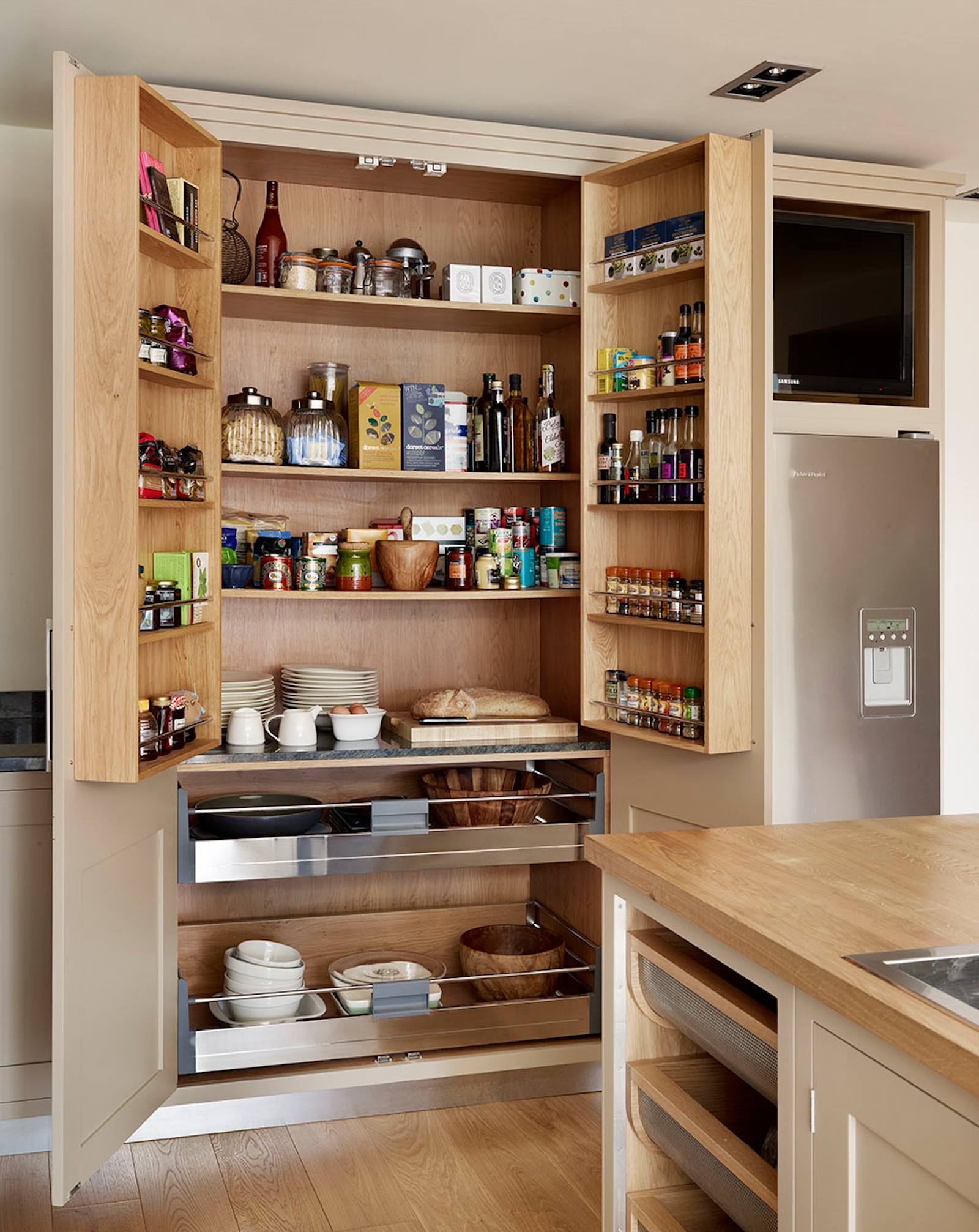 75 Beautiful Kitchen Pantry Pictures Ideas December 2020 Houzz