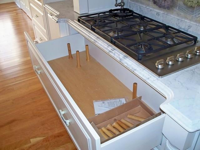 Kitchen Storage Solutions traditional-kitchen