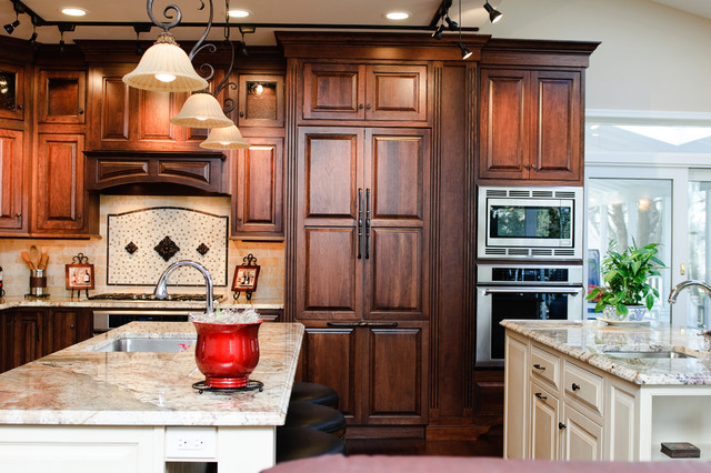 Kitchen-This is a nicely laid out 2 island kitchen traditional-kitchen
