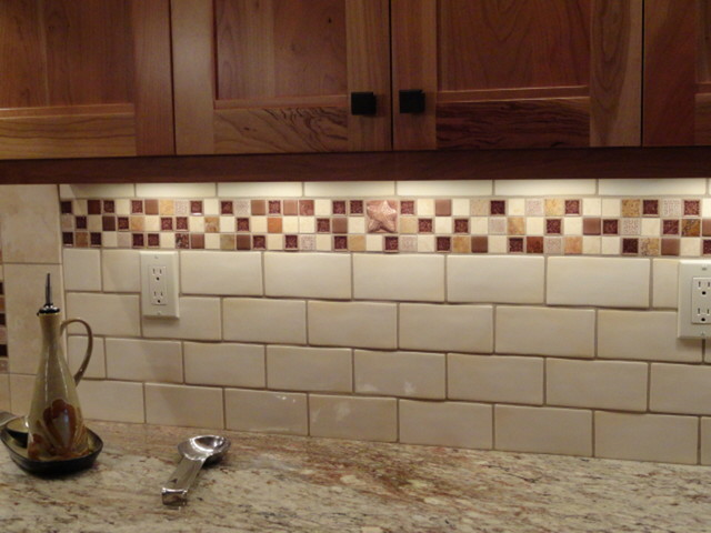 Kitchen Tile Backsplash Ideas American Traditional Kitchen