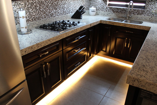 Kitchen - toe kick LED lighting - Contemporary - Kitchen - other metro - by Centenario - Fabricantes