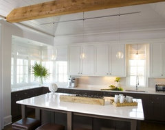 Are white or off white kitchen cabinets hard to keep clean?