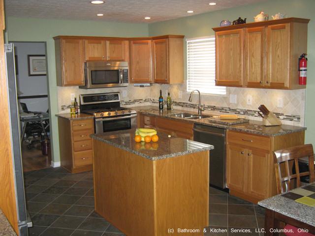 Http Www Houzz Com Photos 14413742 Kitchen Update Countertops Backsplash Flooring Transitional Kitchen Other Metro