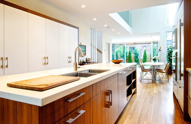 Minimalist Galley Eat In Kitchen Photo In Toronto With A Double Bowl Sink,