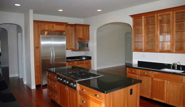 Kitchen With Absolute Black Granite Countertops. Traditional Kitchen