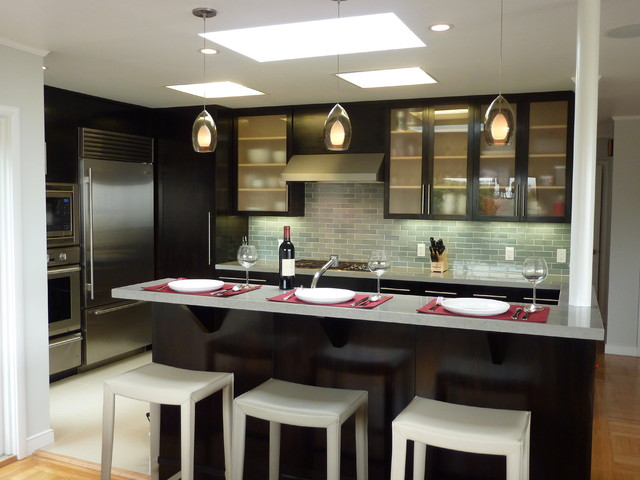 Kitchen with bar island - Modern - Kitchen - San Francisco - by AT6 ...