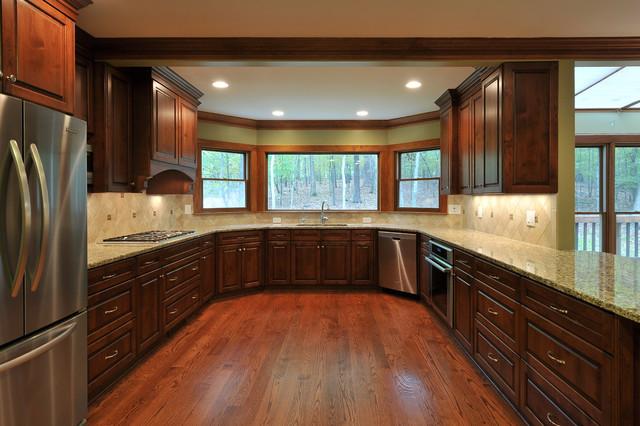 Kitchen-with-bay-window & Gorgeous U-shaped Kitchen With Bay Window ...