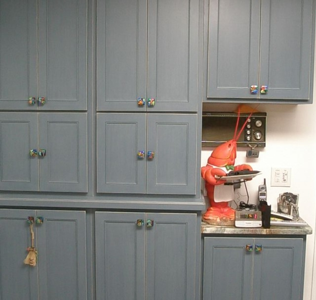 Genial Kitchen With Custom Mosaic Glass Cabinet Hardware By Uneek ...