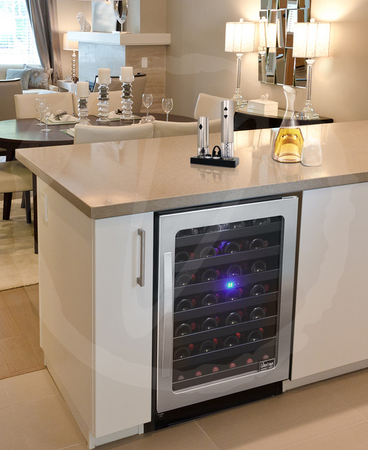Kitchen With Wine Cooler By Vinotemp Contemporary Kitchen Pictures