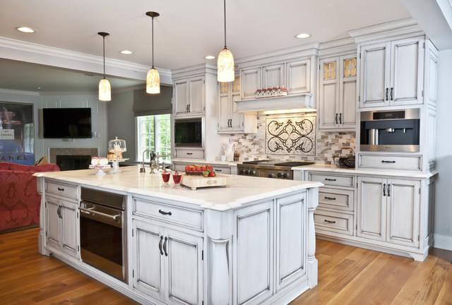 kitchendesigns.com traditional-kitchen