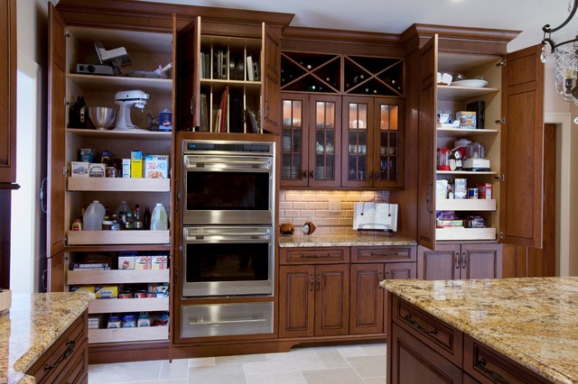 KitchenDesigns.com - Kitchen Designs by Ken Kelly, Inc. Great Neck, NY - KL1301 - Traditional ...