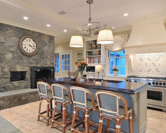Traditional Lighting Kitchen Design Ideas, Remodels & Photos