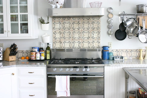 Donna S Blog Kitchen Backsplash Design Hand Painted Tile Rebekah Zaveloff Kitchenlab