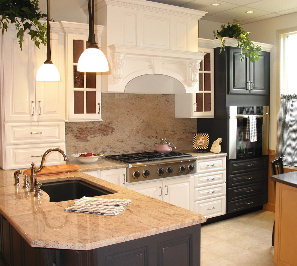 Kitchens - Traditional - Kitchen - New York - by Aaron & Co