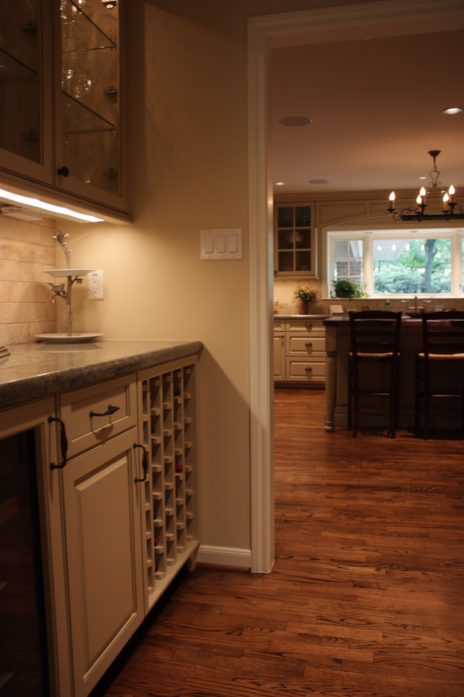 Kitchens - Traditional - Kitchen - Houston - by Accent ...
