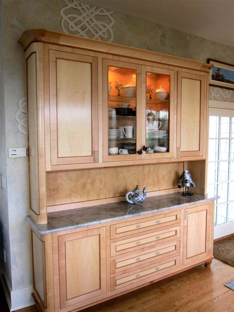 Kitchens traditional kitchen bridgeport by for Anigre kitchen cabinets