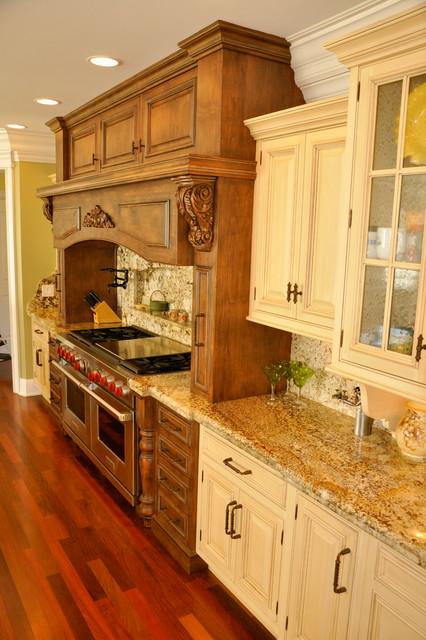 Kitchens and Backsplashes traditional-kitchen