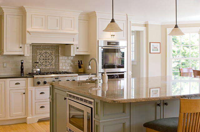 KITCHENS by United Cabinets LLC traditional-kitchen