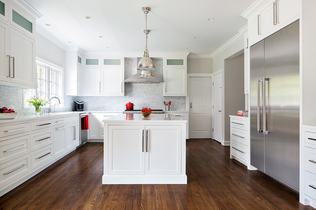 Inspiration For An U Shaped Dark Wood Floor Kitchen Remodel In New York With