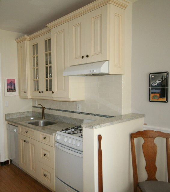Kitchens for Small(er) Spaces traditional-kitchen