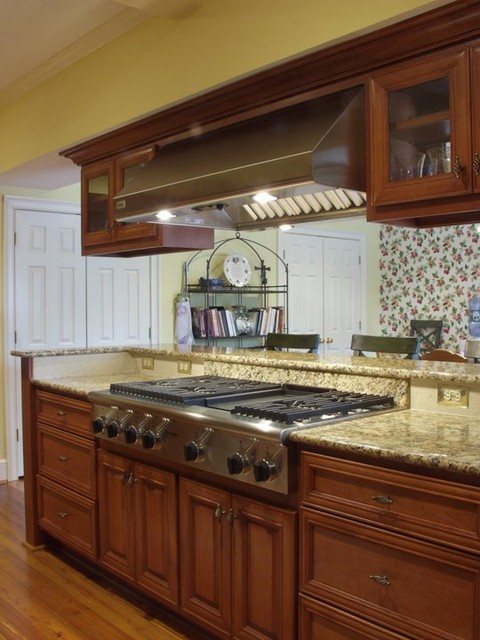 Kitchens traditional kitchen columbus by hobart for Kitchen designs hobart