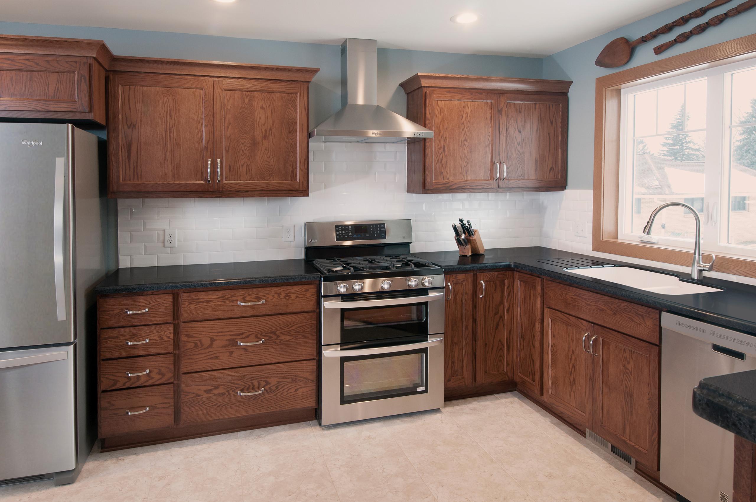 Kitchens / Kitchen Cabinetry