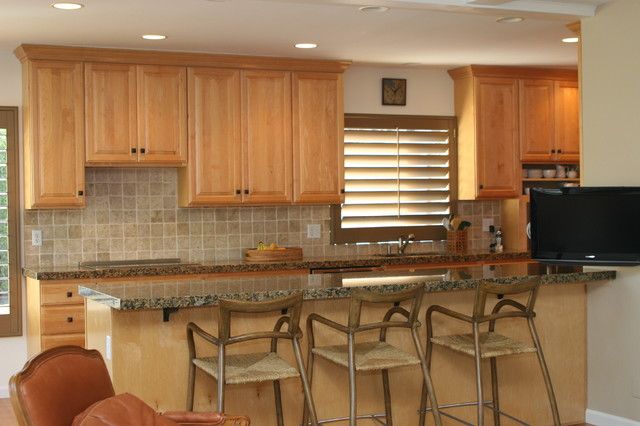 Kitchens traditional kitchen other by modesto for Bath remodel modesto ca