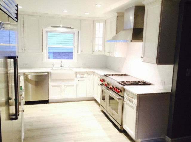 Inspiration for a timeless kitchen remodel in New York