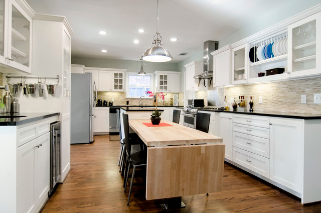 Kitchens transitional kitchen dallas by williams for Drake designs kitchen