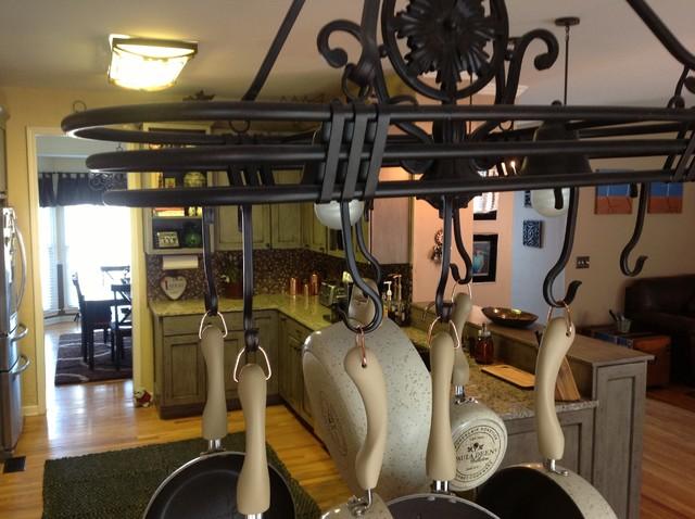 Kitt Cohoe / Lowes #615 Alpharetta, Ga. Boardwalk Maple / Appaloosa traditional-kitchen