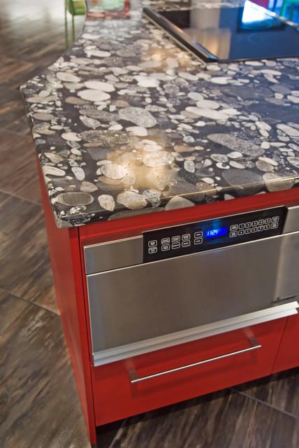 KKCO contemporary-kitchen