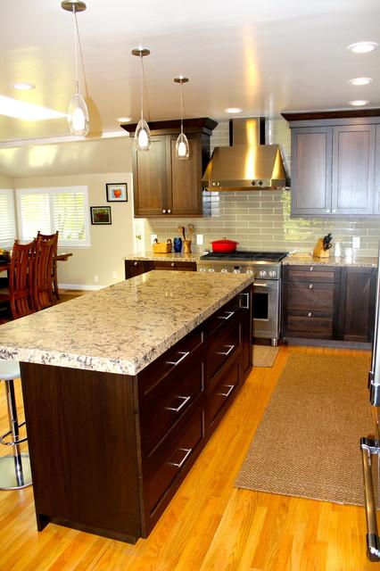 DN Kitchen traditional-kitchen