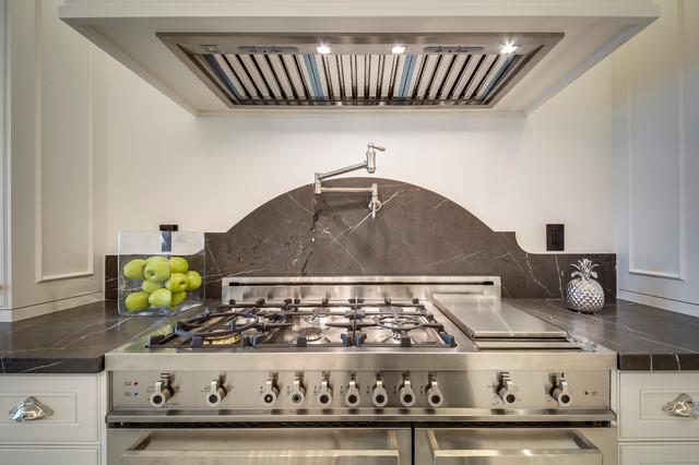 Kleinburg Private Residence modern-kitchen